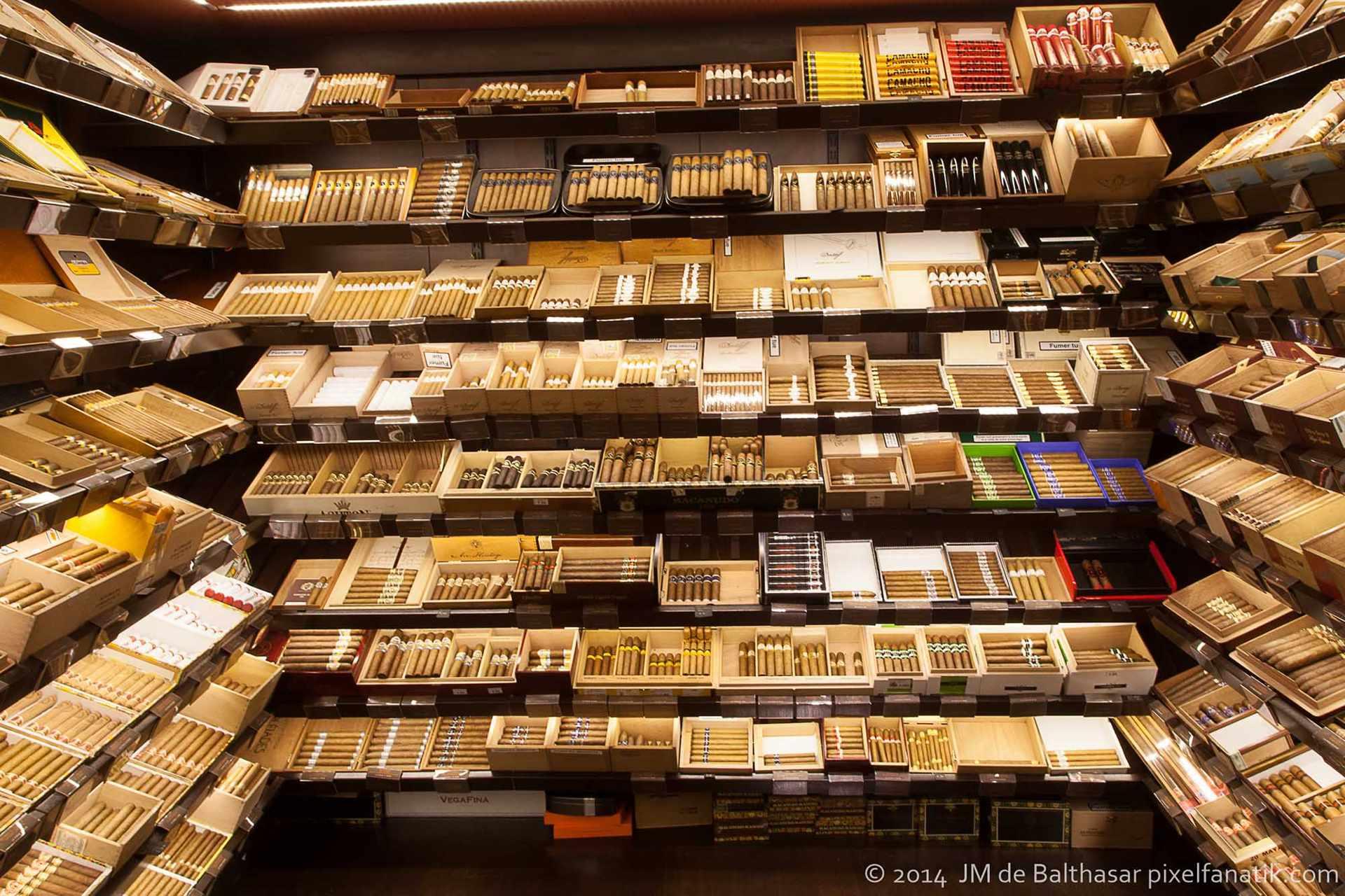vente briquets et accessoires tabacs strasbourg le. Black Bedroom Furniture Sets. Home Design Ideas